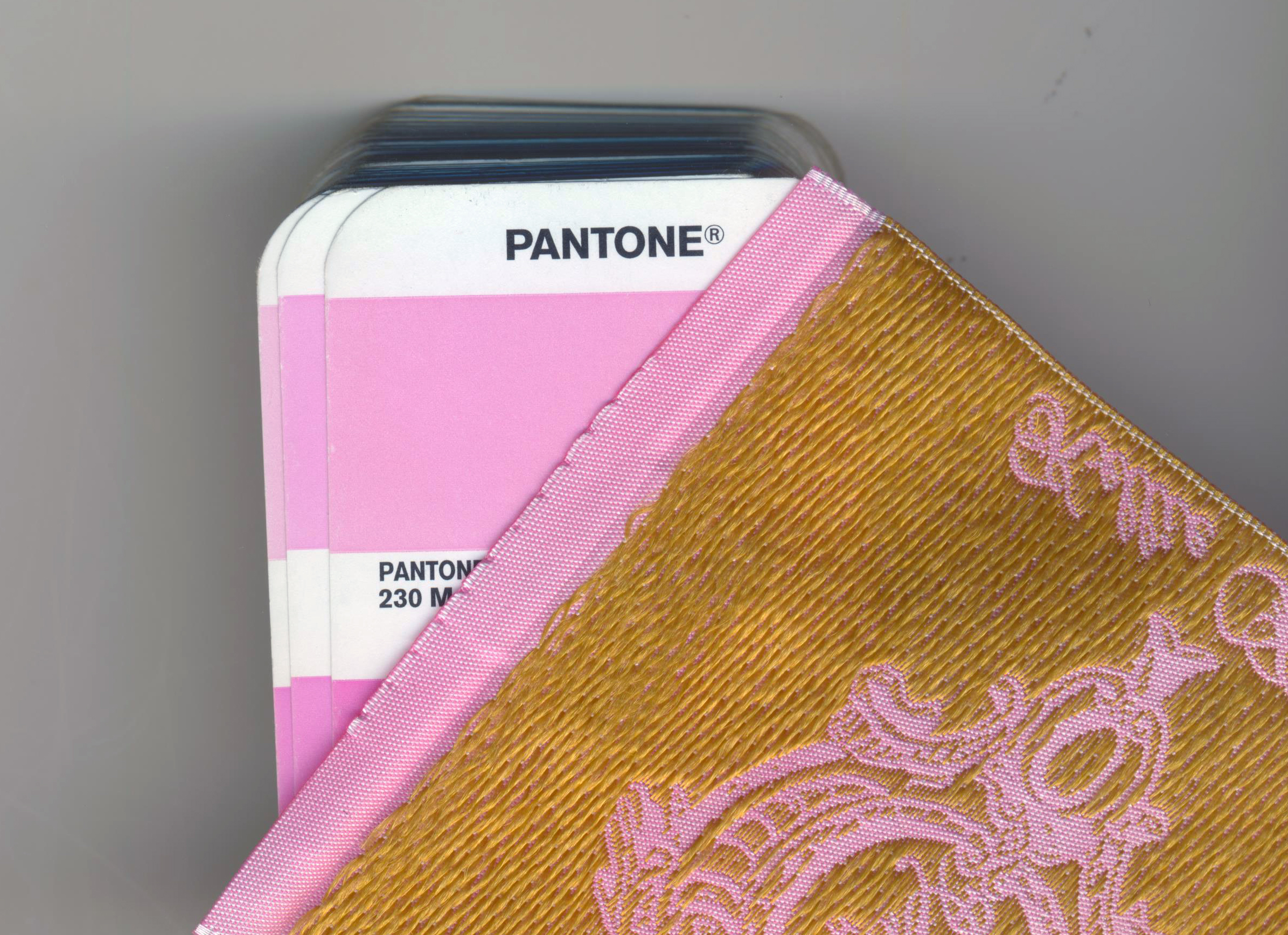 Pantone Colors, Custom Woven Labels, Personalized Labels, Satin Labels, Damask labels, Clothing Labels